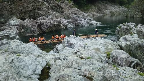 和歌山 北山村の筏下り